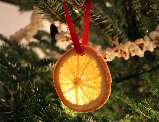 Learn how to make beautiful Orange Slice Christmas Tree Ornaments.
